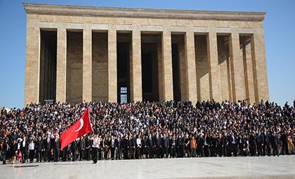 DOĞA KOLEJİ 3500 ÖĞRENCİSİ İLE ATA