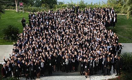 """t-MBA ÖĞRENCİ MECLİSLERİ ANTALYA DA GERÇEKLEŞEN EĞİTİM KAMPI""""NDA BİR ARAYA GELDİ!"""